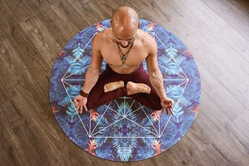 man-meditating-1881998